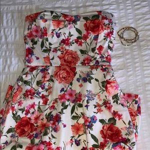 Summer Floral Dress w/pockets